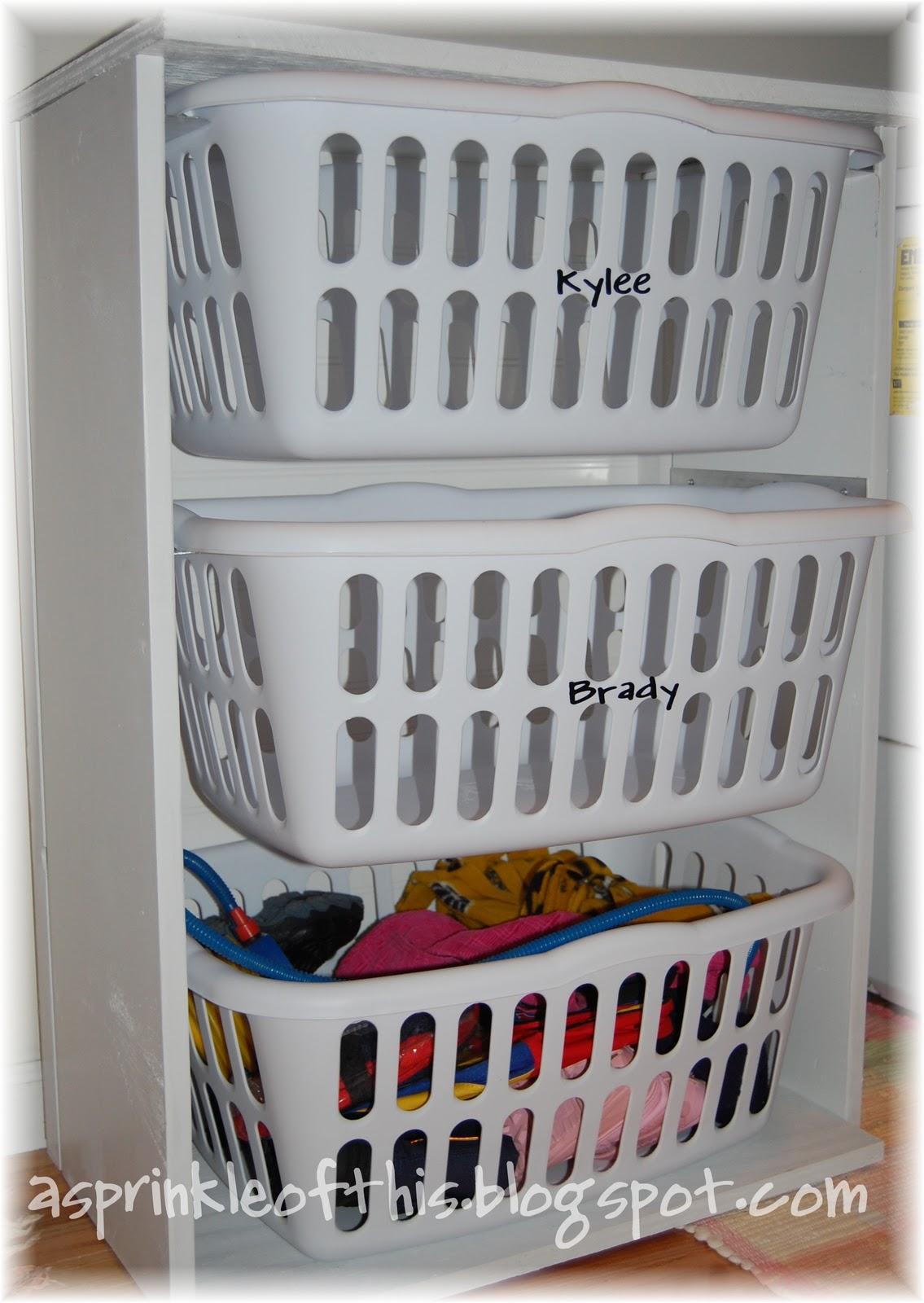 sprinkle of this laundry room mud room organization
