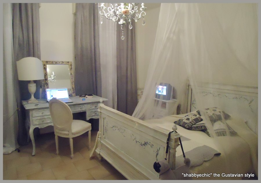 La mia nuova camera da letto pre gustaviana - In camera mia ...