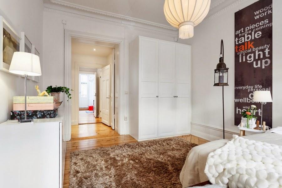 białe wnętrza, sypialnia, szafa