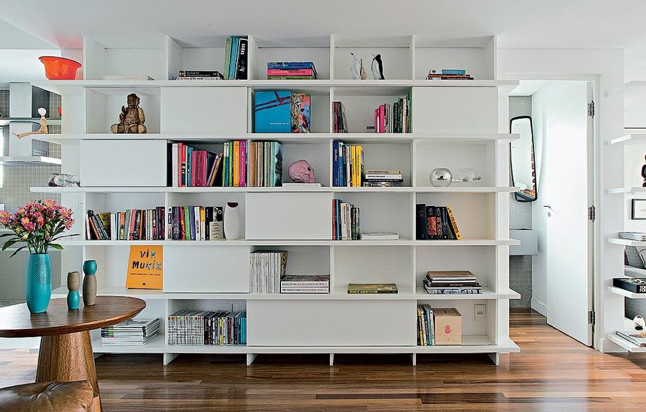 Estante Branca Para Sala De Estar ~ desde a cozinha até a sala de estar, a estante de laca branca