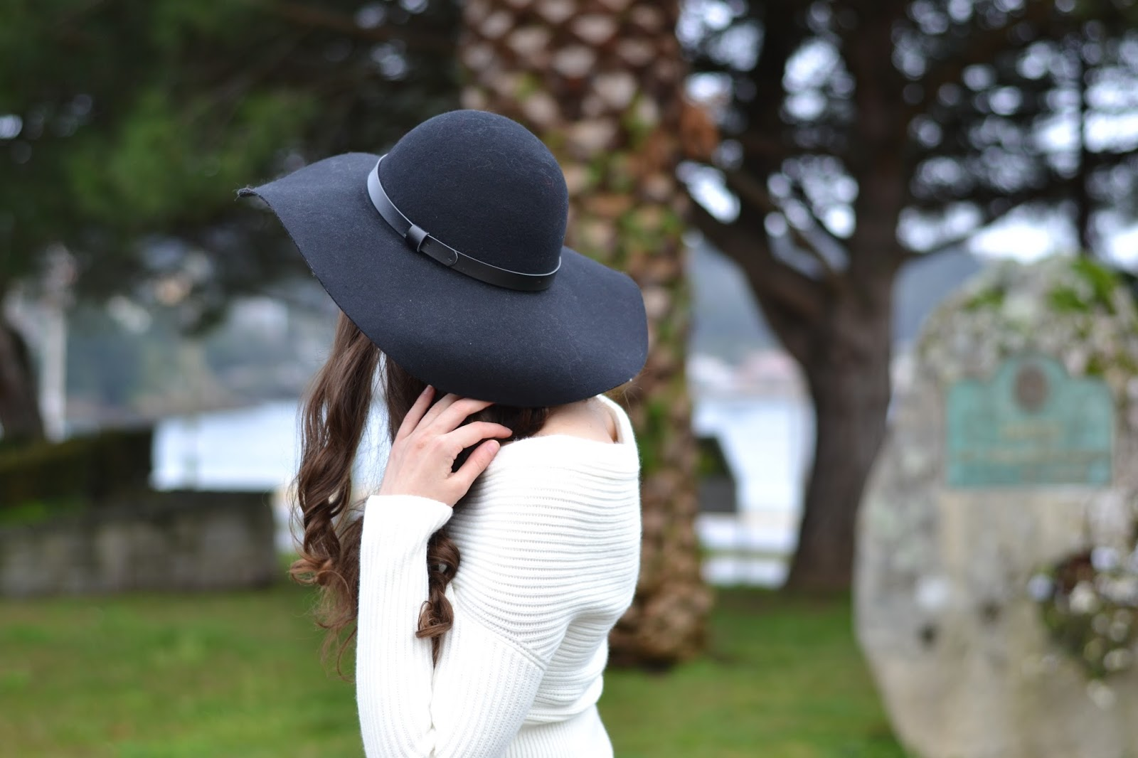 sheinside white sweater, perfect black hat, yudani