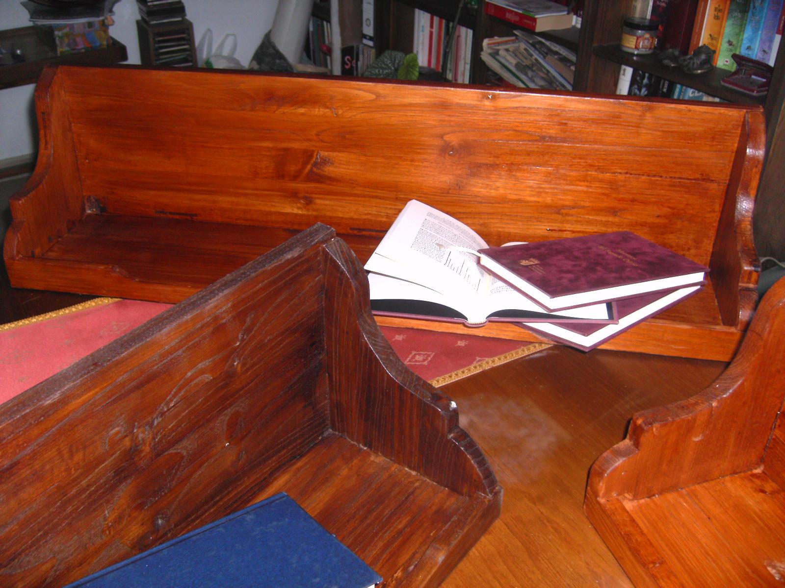 Lavadero de madera original estanter a para libros for Diseno lavadero
