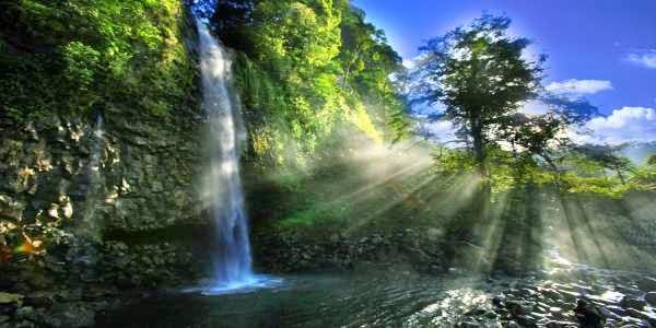 keindahan lembah anai yang menakjubkan