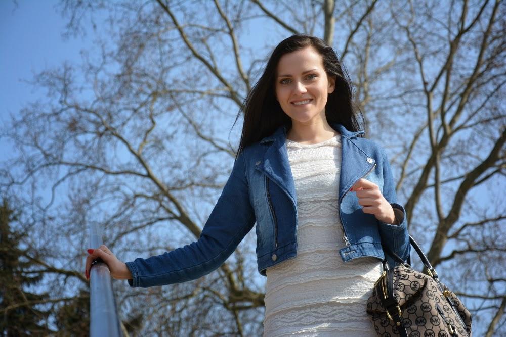koronkowa sukienka blog
