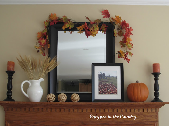 Orange end Black Fall Mantel
