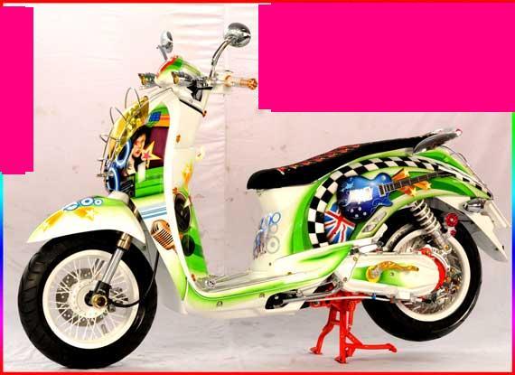 Gambar Foto Modifikasi Honda Scoopy.jpg