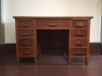 secretária vintage, móveis vintage, anos 70