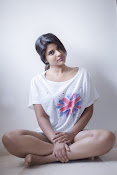 Actress Aishwarya Rajesh Photo shoot-thumbnail-7