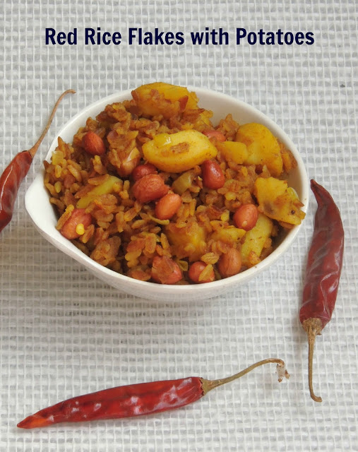 Red rice flakes with potatoes