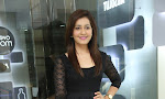 Rashi Kanna latest glam pics in Black-thumbnail