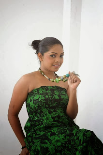 Nirosha Thalagala hot