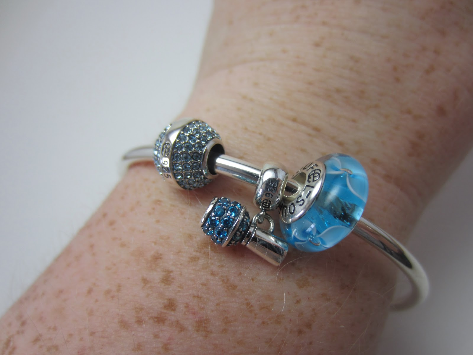 Polished with Pizzazz: Soufeel Charm Bracelet and Matching Mani