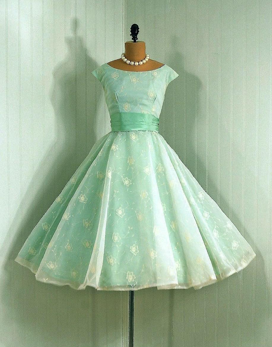 Сшить платье 60-х с пышной юбкой