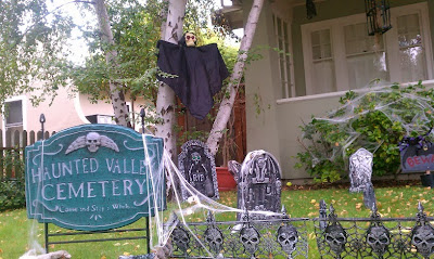 Halloween home decor 2011