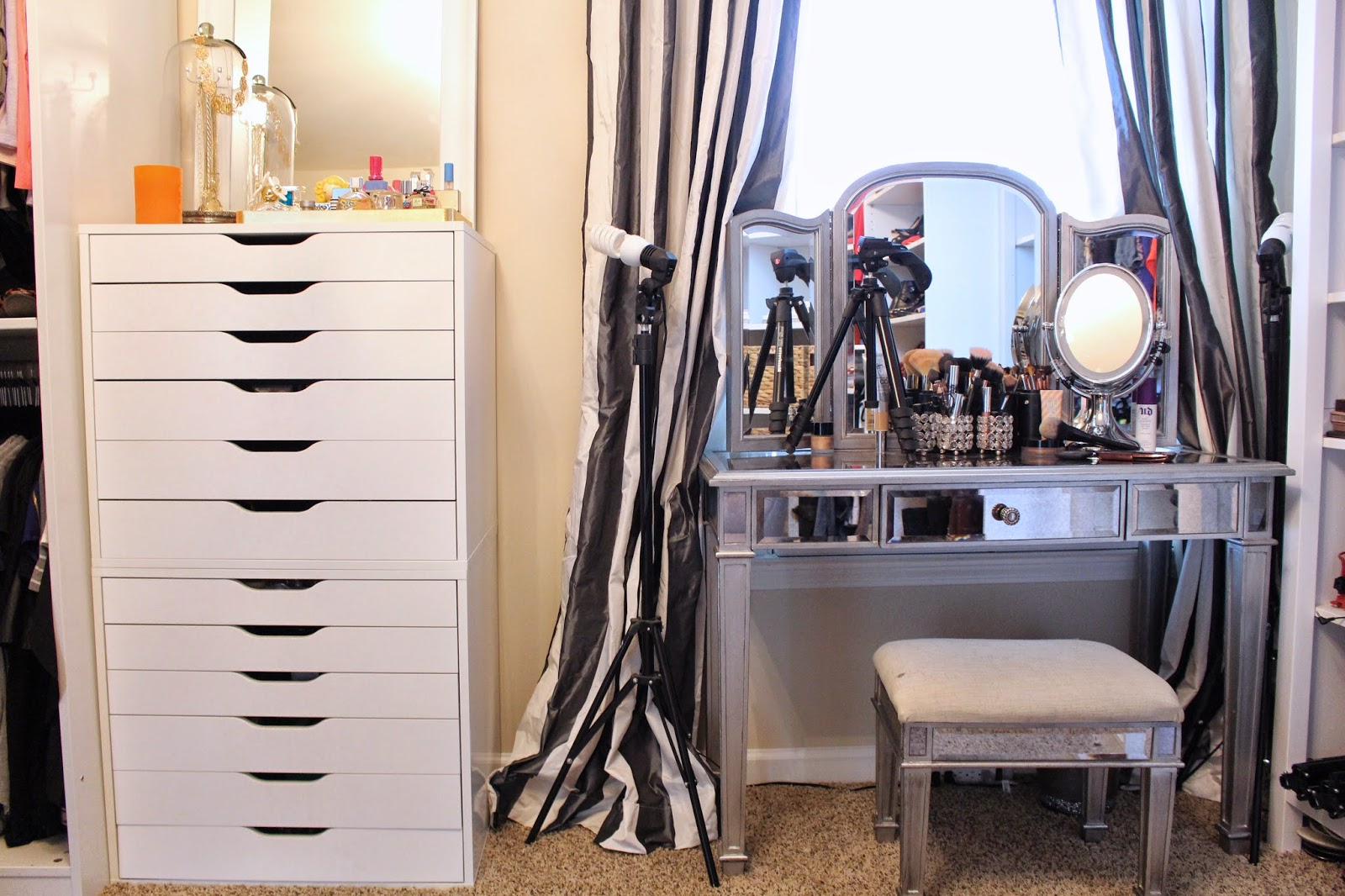 Beautiful Tiffanyd Updated Closet And Area Tour With Closet Vanity.