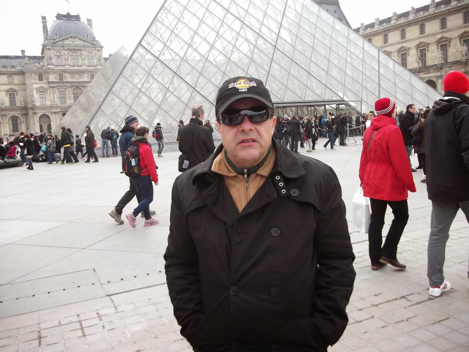 Museu Louvre - Paris.