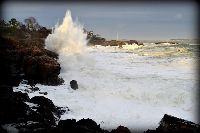 Storm,Waves, Castle Rock, Marblehead Neck, Massachusetts, powerful, rocks