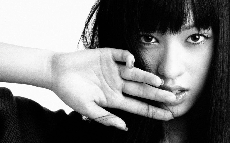 CHIAKI KURIYAMA_WALLSTOWN_IN_HOLLYWOOD ACTRESS_HOLLYWOOD CELEBRITIES