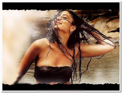 Beautiful Kareena Kapoor in  Ek Main Aur Ekk Tu