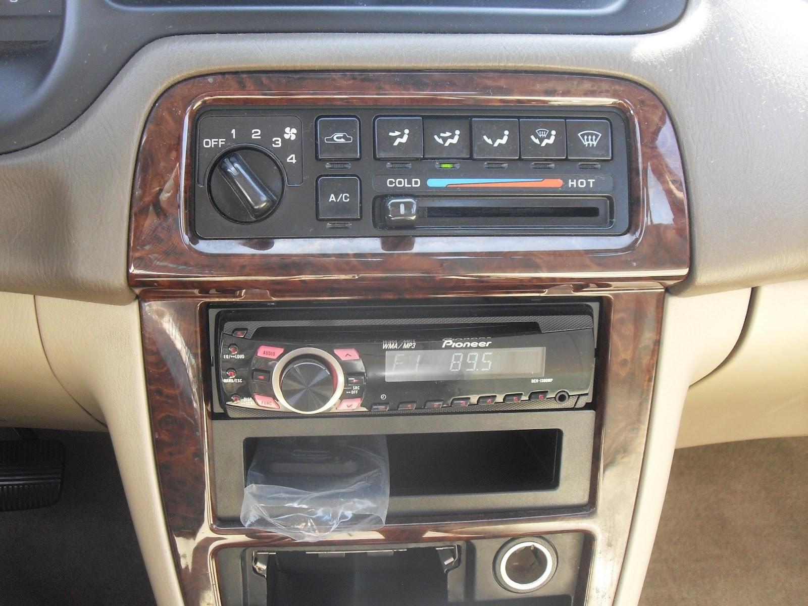 2001 nissan altima gle green t tak auto service interior vanachro Image collections