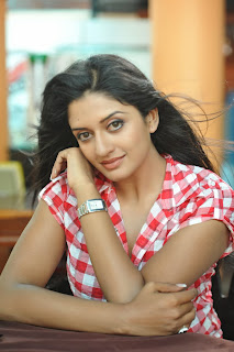 Actress Vimala Raman Picture Gallery in Jeans and Shirt  0021.jpg
