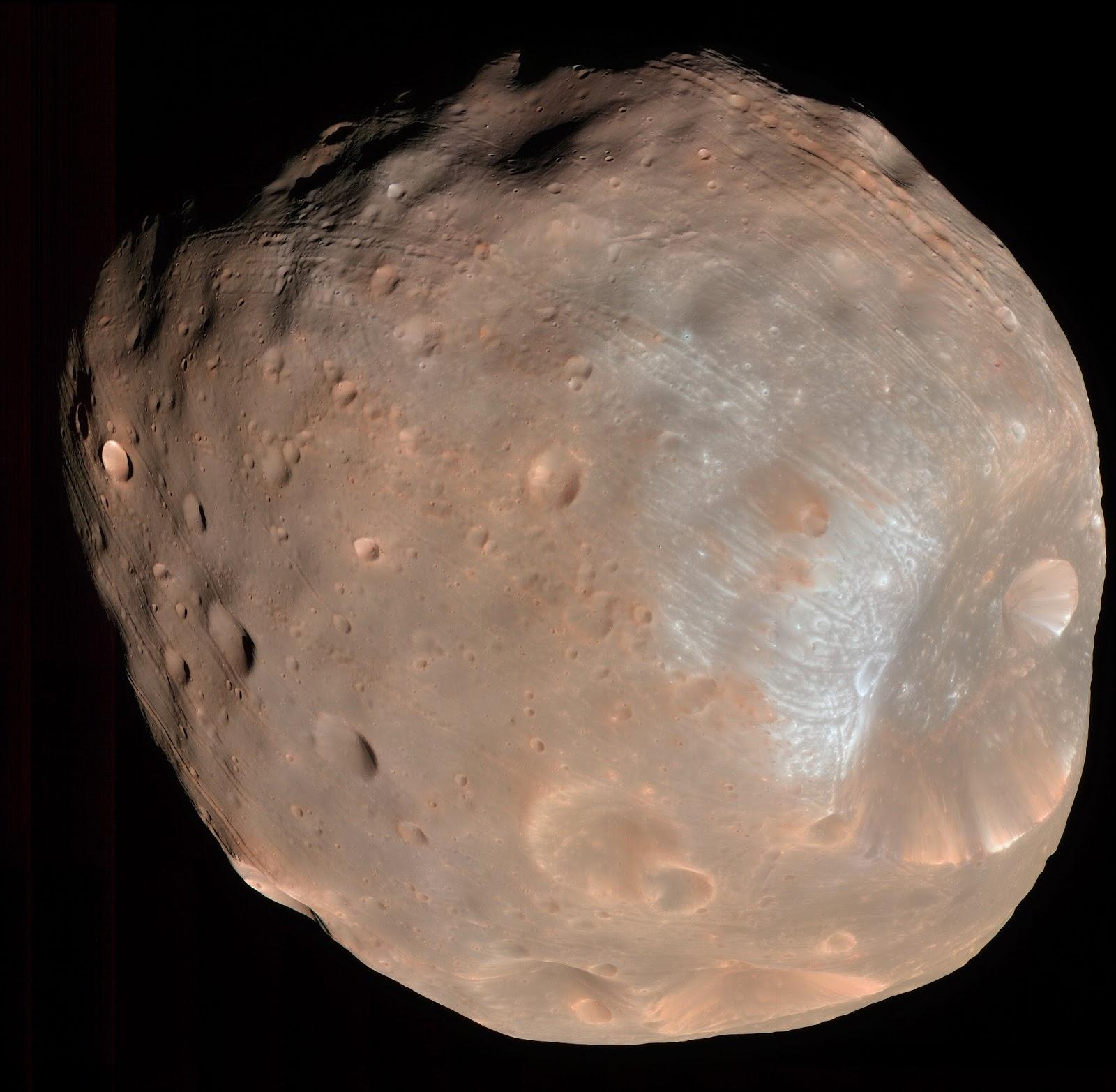 Imagen de Fobos tomada por la sonda Mars Reconnaissance Orbiter