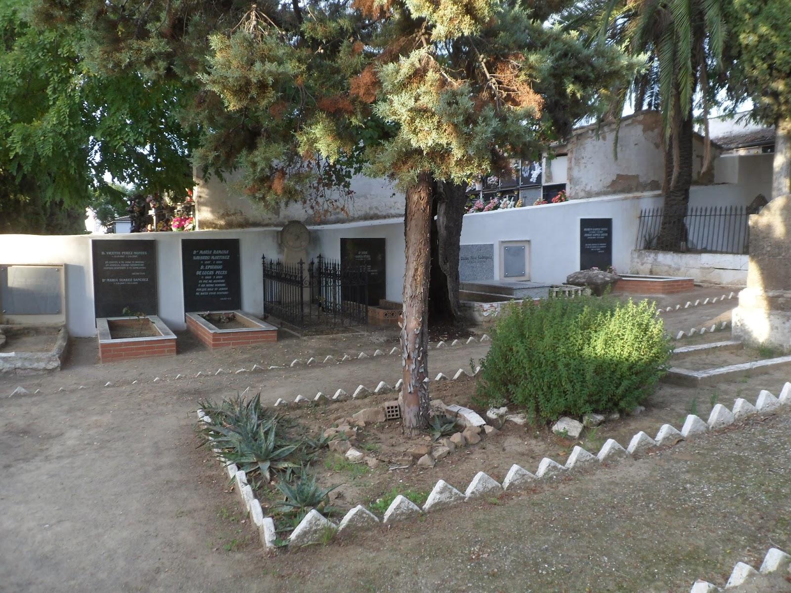 El cementerio de los protestantes ingleses en linares for Cementerio parque jardin la puerta