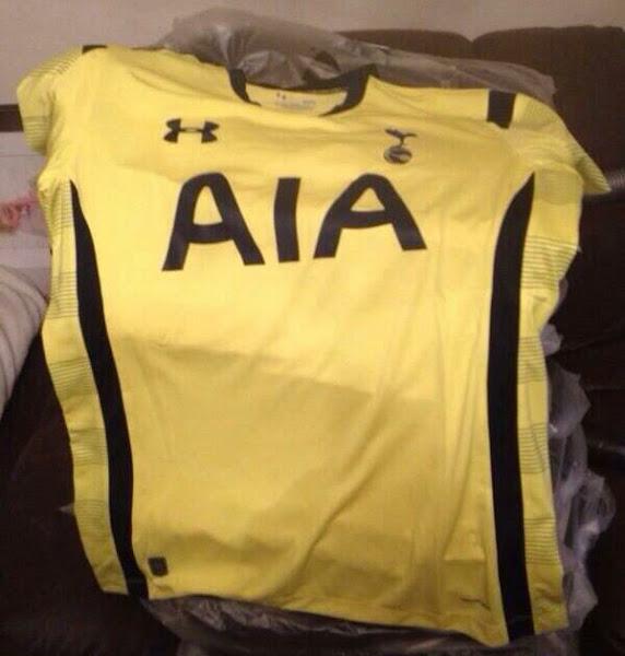 Tottenham-Hotspur-14-15-Third-Kit.jpg
