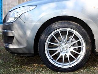 Hyundai i30 car tyres/wheel - صور اطارات سيارة هيونداى i30