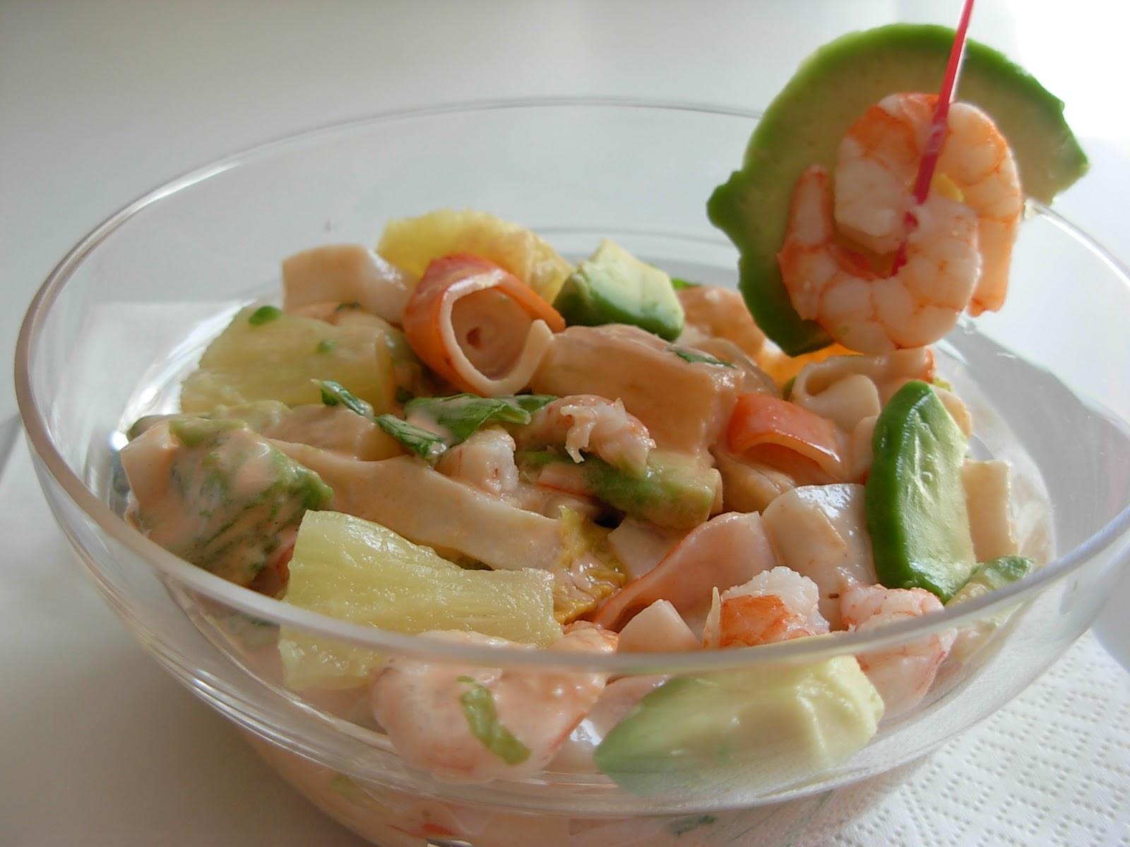 El ajoblanco cocina de m laga y m s c ctel de marisco a mi manera - Coctel de marisco ingredientes ...