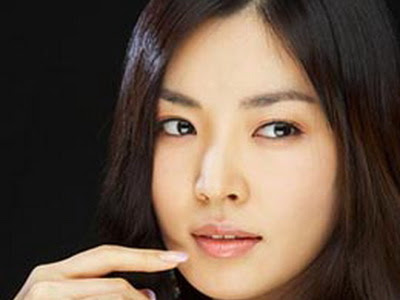 kim so yeon merupakan salah satu artis yang masuk dalam jajaran artis ...