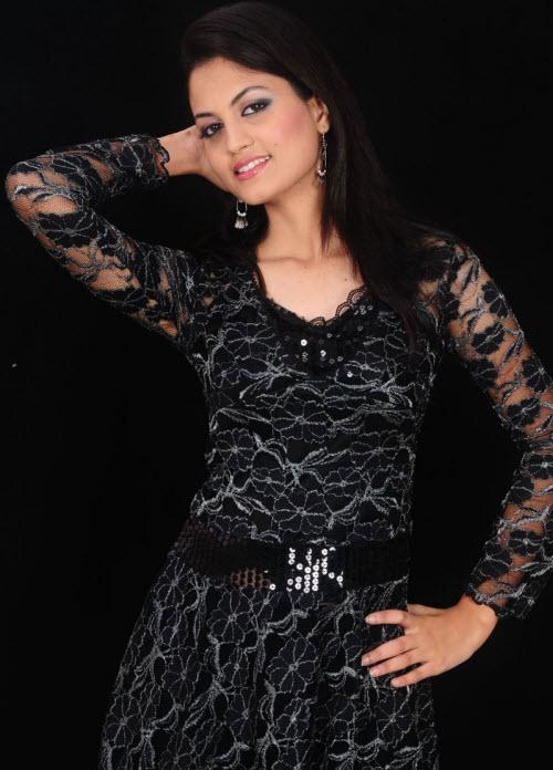madhulika in black dress actress pics