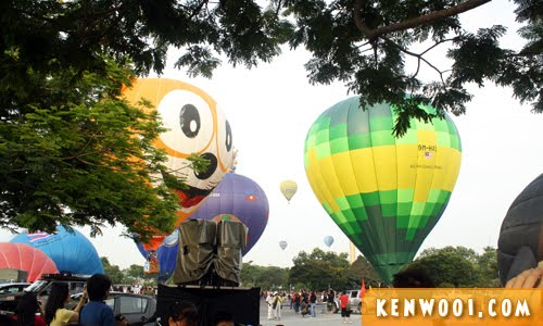 putrajaya hot air balloons