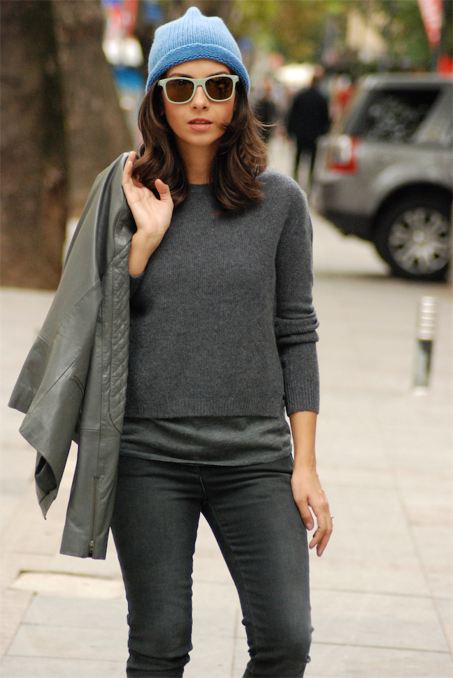 cosy,outfit,look,street style,grey,leather jacket,stefanel,pullover,winter looks,beanie