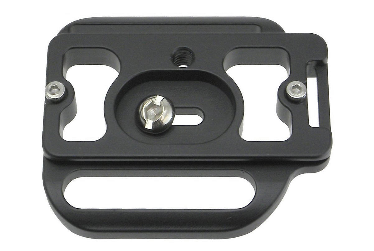 Desmond D700G QR plate for Nikon D700 / MB-D10 grip - bottom view