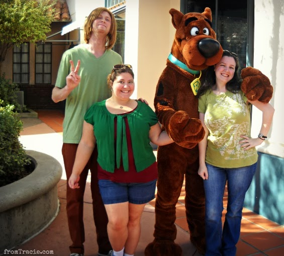 Shaggy and Scooby with Lee and Tracie