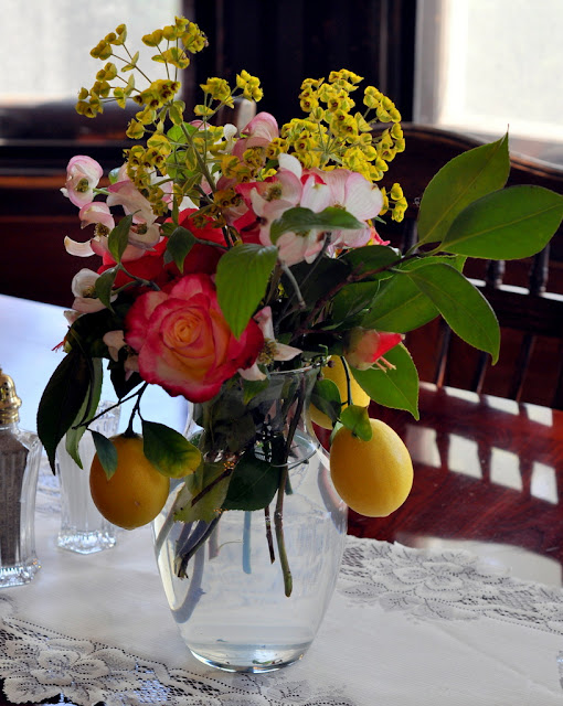 Dining Room Centerpiece at Beazley House - Napa, CA | Taste As You Go