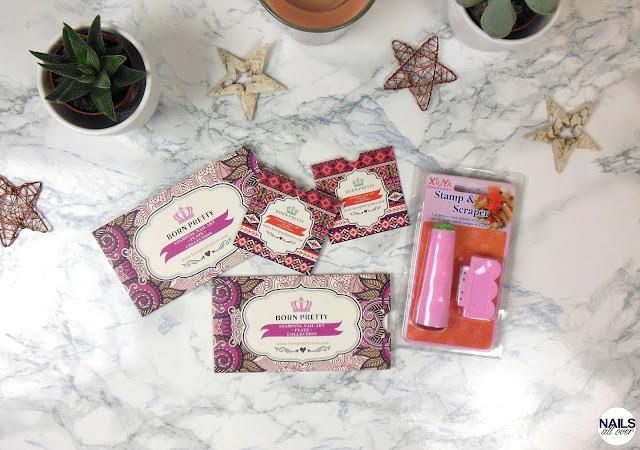Folgende Produkte sind in meinen Einkaufskorb gewandert: Stamper -  Kleine Palette BP 67 -  Kleine Palette BP 77 -  Große Palette BPL 027 -  Große Palette BP L013 Stamping Palette