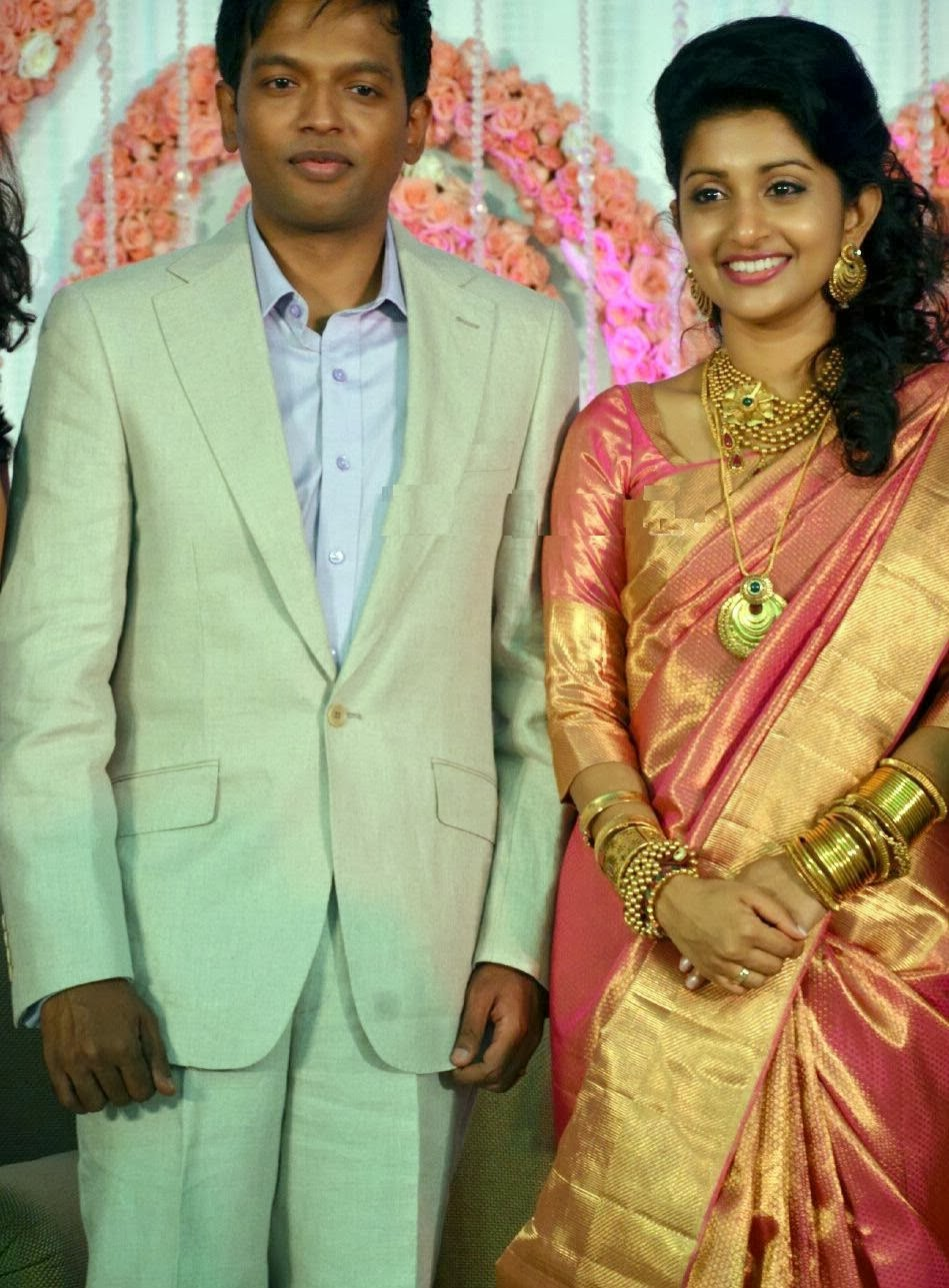 kerala actress meera jasmine wedding silk saree photos