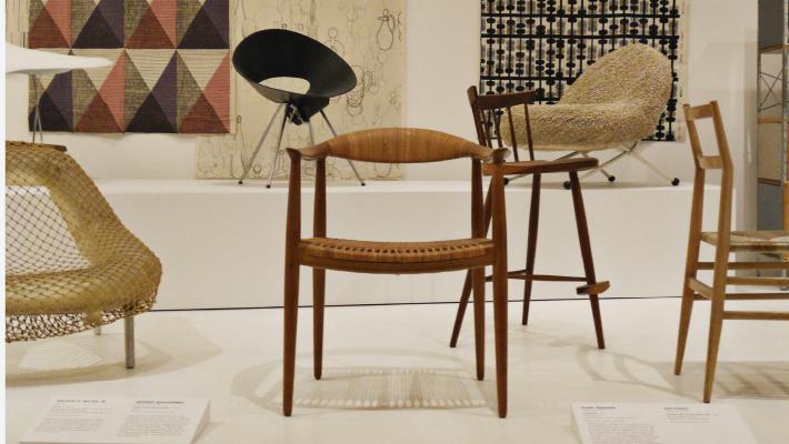 Sillas famosas the chair nuria naharro for Sillas famosas