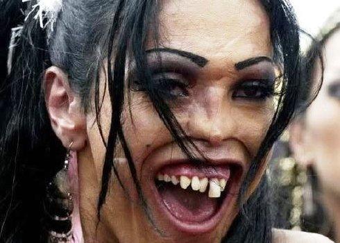 Blanquear dientes de forma casera.