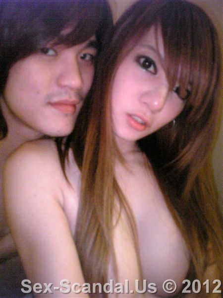 Nude photos of Lai Si Yun (Yung-Hsuan) with her boyfriend, Taiwan Cele-brity Sex Scandal, Sex-Scandal.Us, hot sex scandal, nude girls, hot girls, Best Girl, Singapore Scandal, Korean Scandal, Japan Scandal