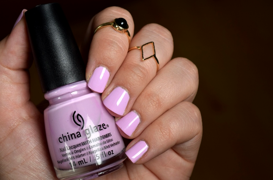 China Glaze In A Lilly Bit Review Swatch