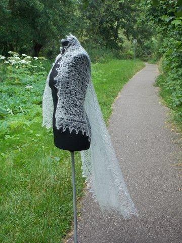 TE KOOP:Bruidssjaals in verschillende maten