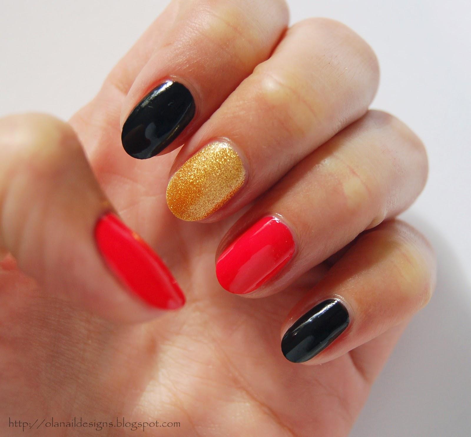 czarne złote koralowe paznokcie