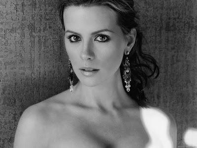 Kate Beckinsale HD Wallpaper-1440x1280