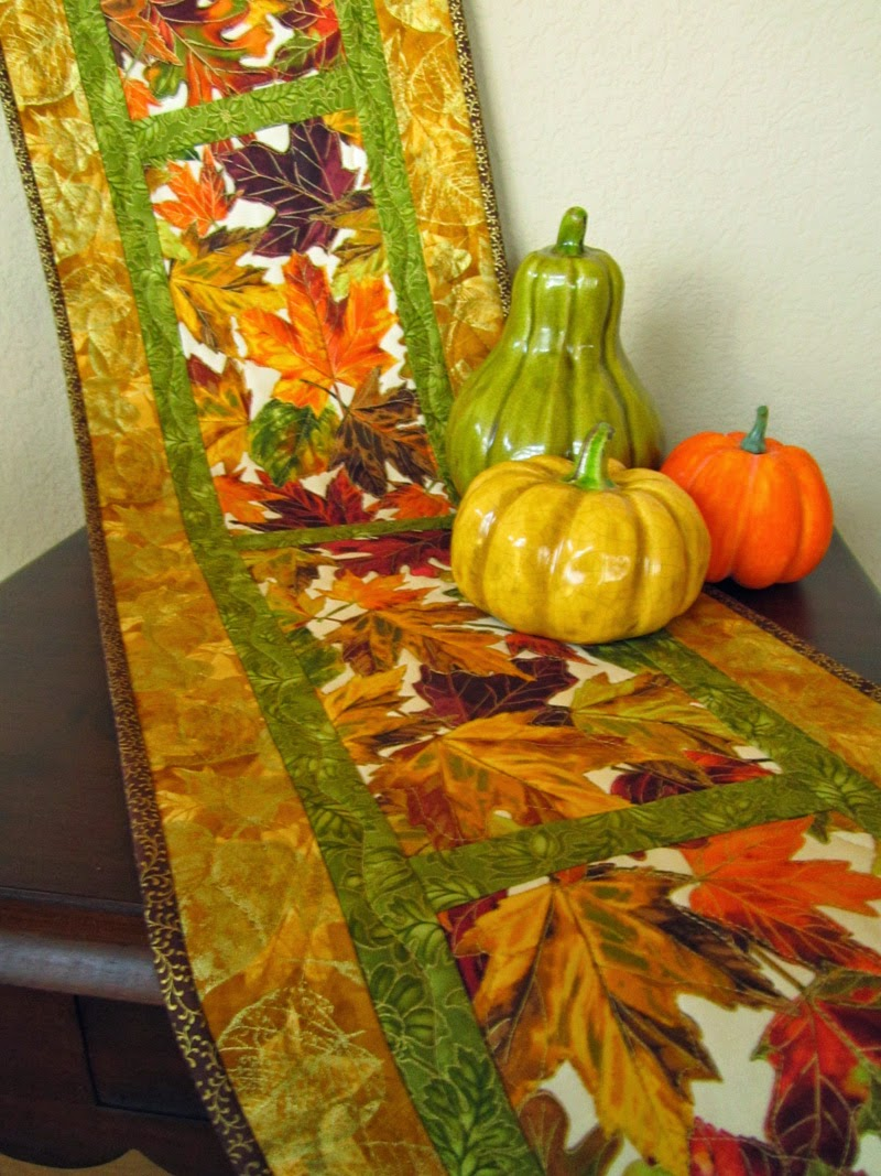 Patchwork Mountain - Handmade Quilts, Table Runners, Table Toppers ... : quilted table linens - Adamdwight.com