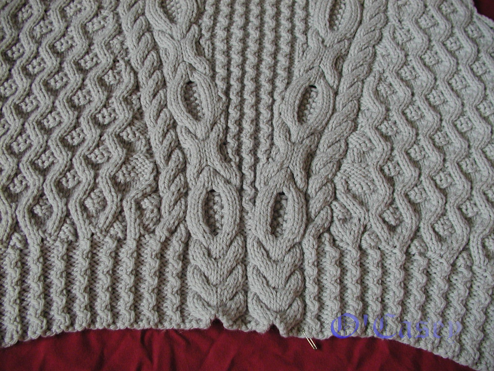 O\'Casey: Knitting Thoughts and Deeeeeds: ROYAL SWEATER