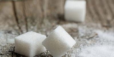 10 Most Common Medical Myths—Busted - sugar cubes