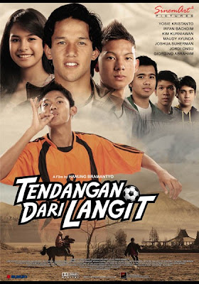 Cerita dan Sinopsis Film TENDANGAN DARI LANGIT - Trailer Video